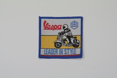 画像1: Vespa LEADER IN STYLE ワッペン
